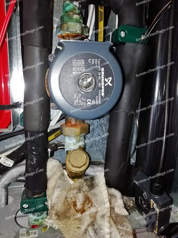 changer le circulateur d'une pompe à chaleur
