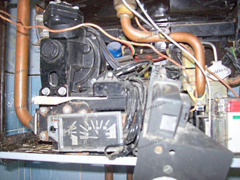 eau chaude chauffage chang thermistances corps faisait bruit d mont l 39 extracteur fix l gers. Black Bedroom Furniture Sets. Home Design Ideas
