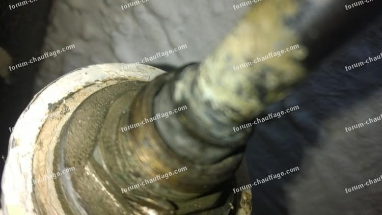 démonter tête de robinet radiateur ancien