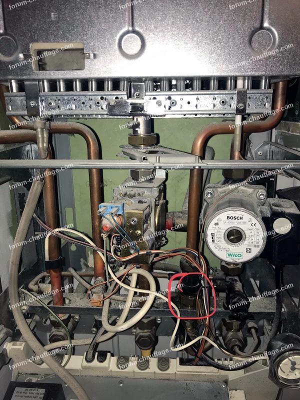 fuite chaudière à gaz ELM Leblanc Acleis