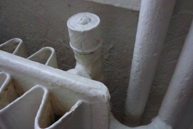 robinet archi peint